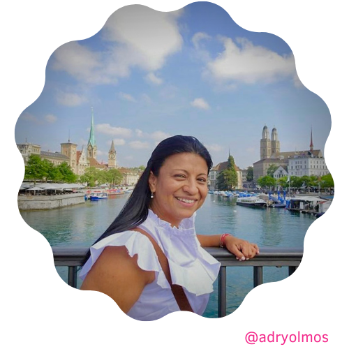 Adriana Olmos